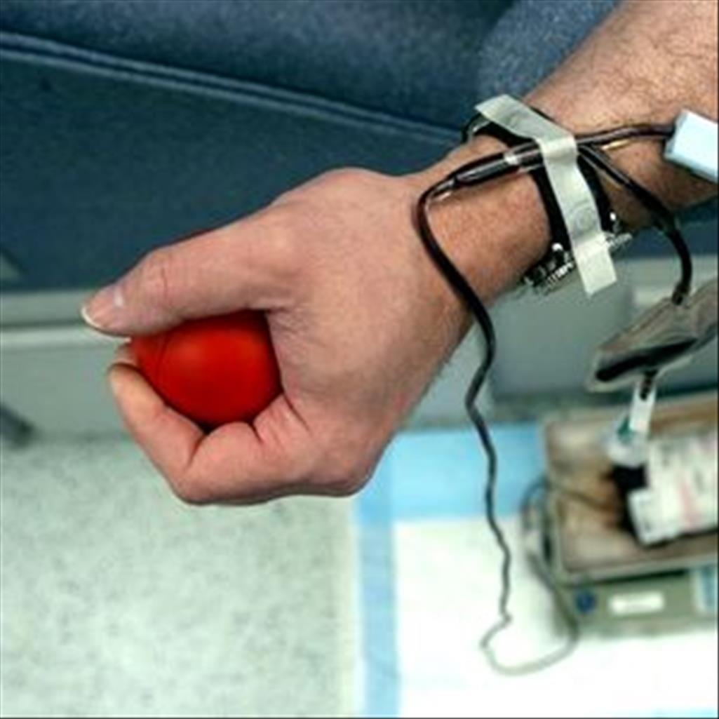 Чому чоловіки здають кров?