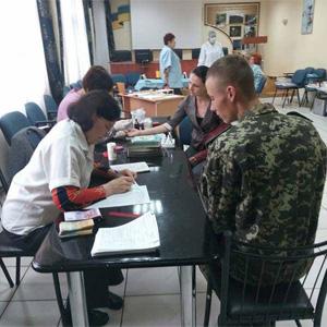 Донорська рука допомоги: у Мукачеві здали кров для онкохворих