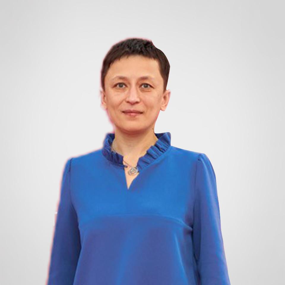Славінська Яніна