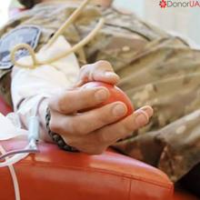 Військові здали кров для онкохворих дітей у Дніпропетровську